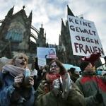 Protest tegen aanranding oudejaarsavond in Keulen 2015